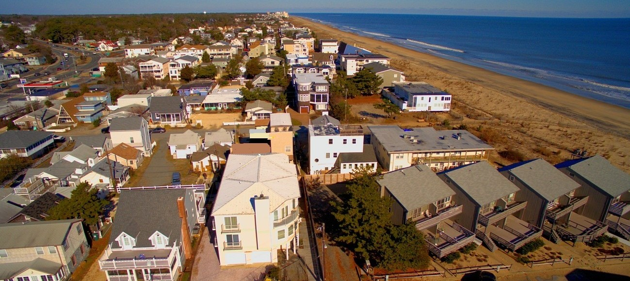 9 New Orleans Street, Dewey Beach : UNDER CONTRACT $1,199,000