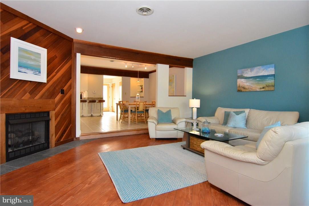 12 Vandyke St #3   - Best of Northern Virginia Real Estate