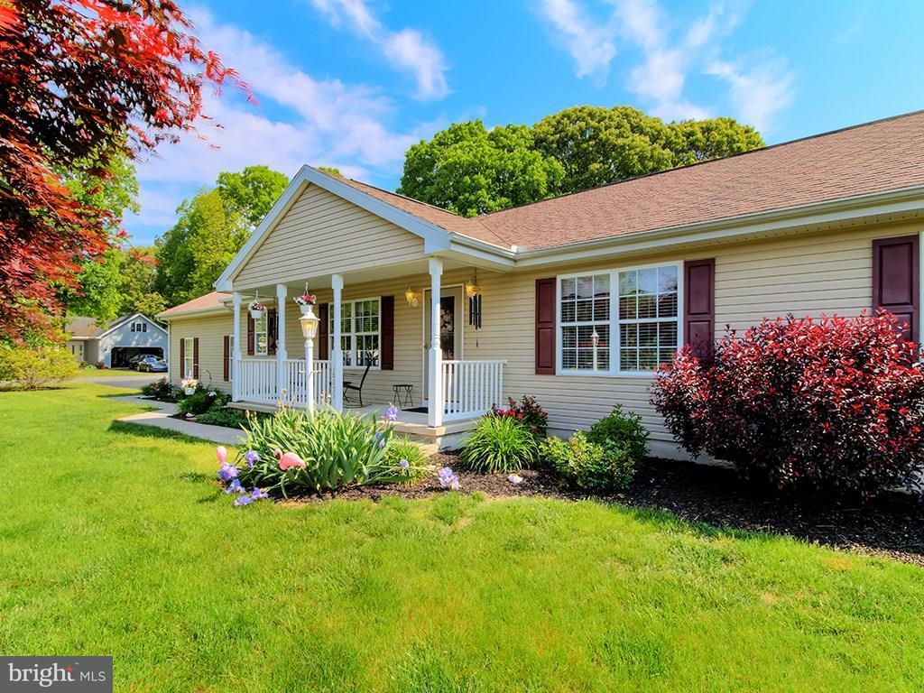 18253 Magnolia Ln   - Best of Northern Virginia Real Estate
