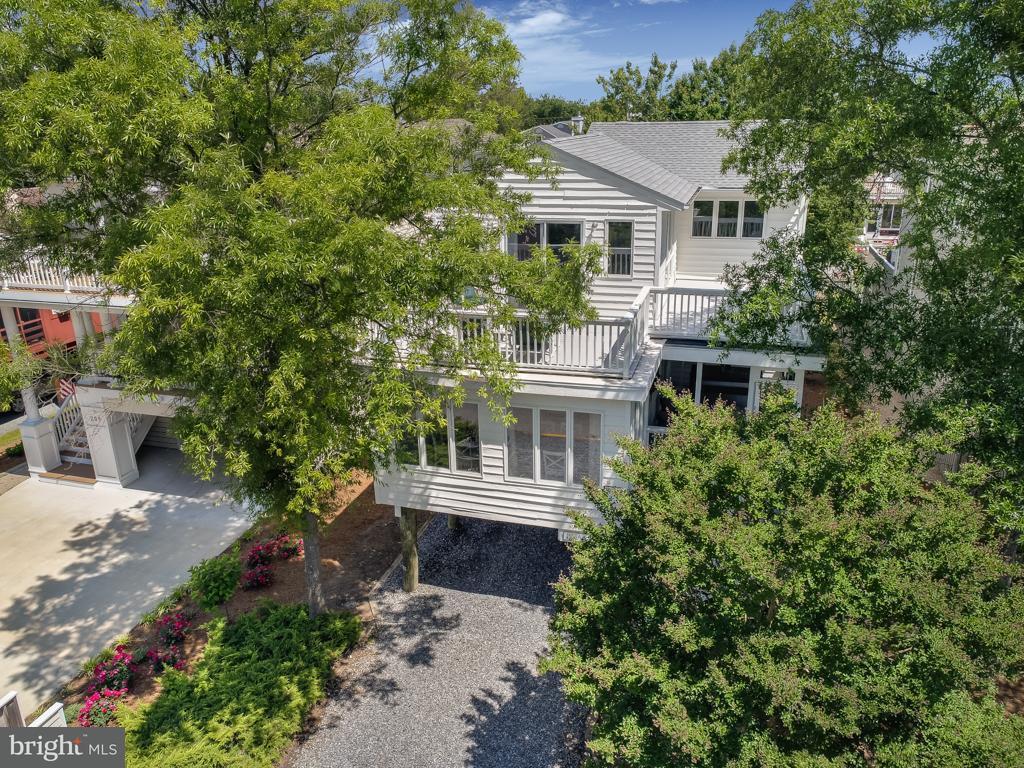 207 Wellington Pkwy   - Best of Northern Virginia Real Estate