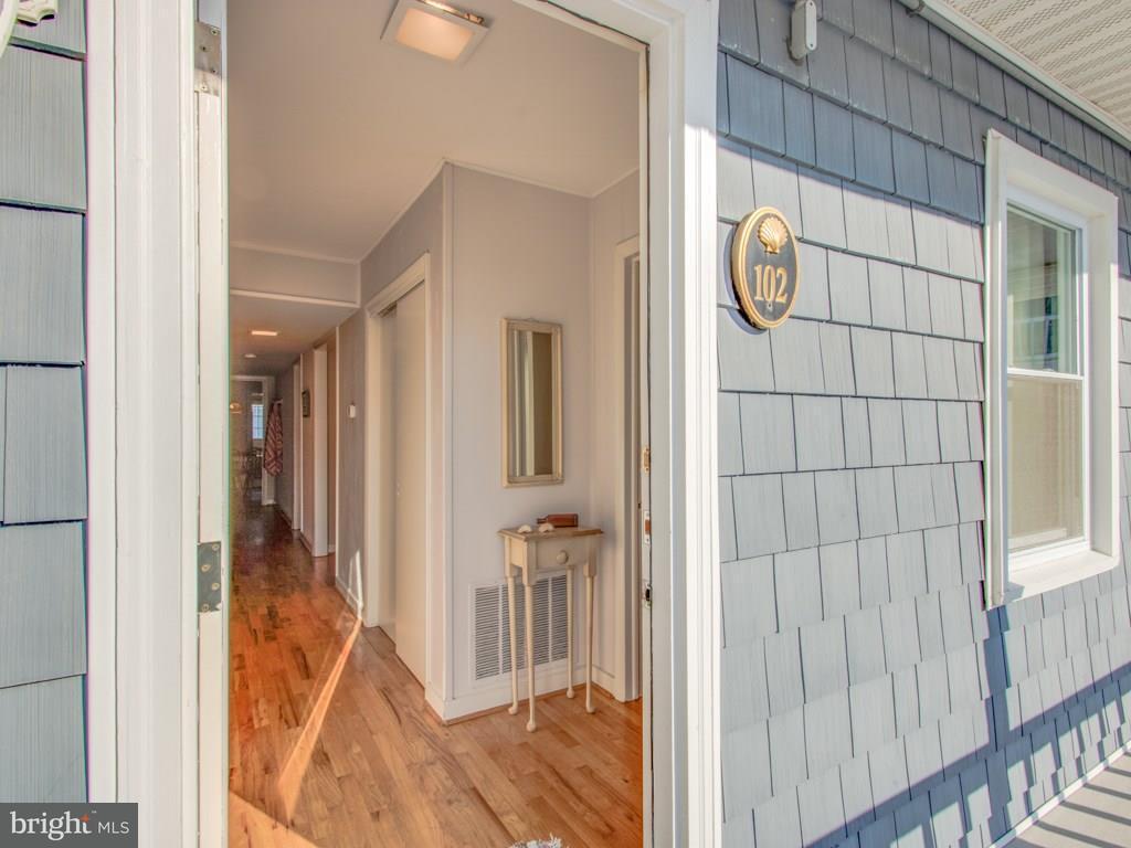 2 Mckinley St #102   - Best of Northern Virginia Real Estate