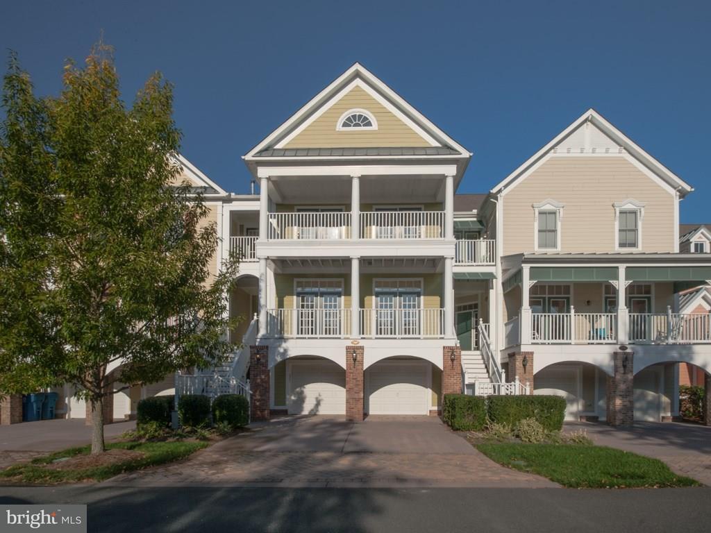 33065 Ambling Way #129   - Best of Northern Virginia Real Estate