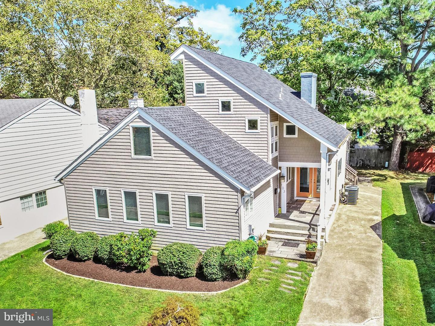 103 Country Club Dr   - Best of Northern Virginia Real Estate