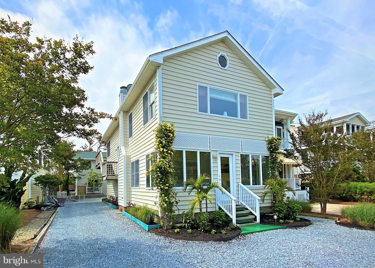 116 Hollywood St   - Best of Northern Virginia Real Estate