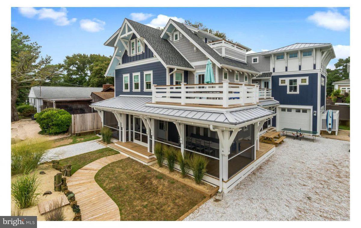 111 Chicago St   - Best of Northern Virginia Real Estate