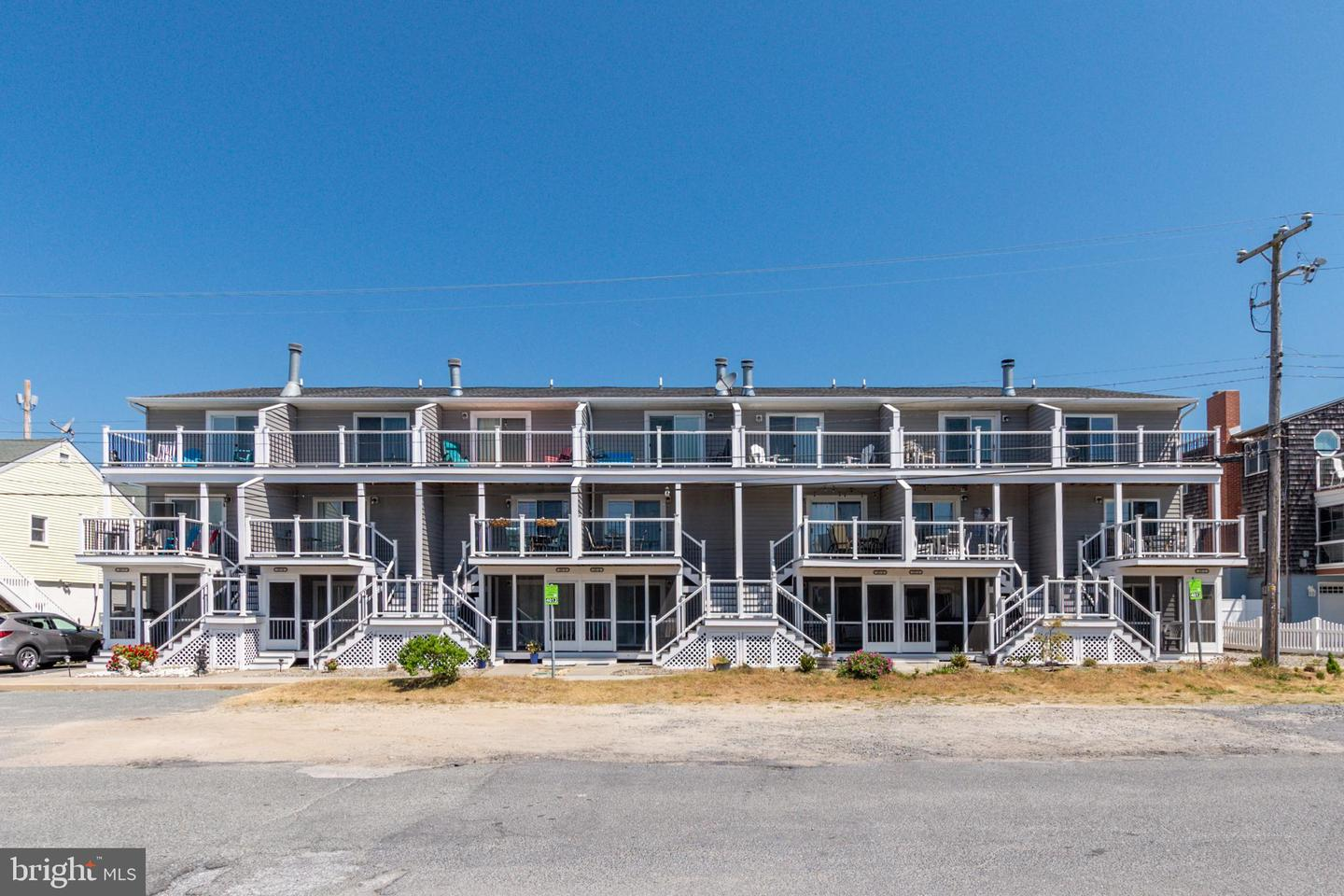 25 Read Ave #1   - Best of Northern Virginia Real Estate