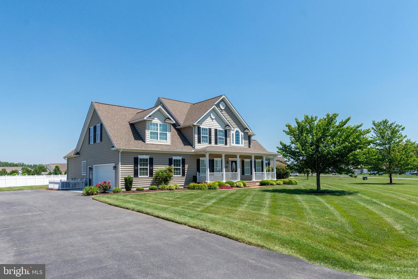 16538 Sweetwater Dr   - Best of Northern Virginia Real Estate