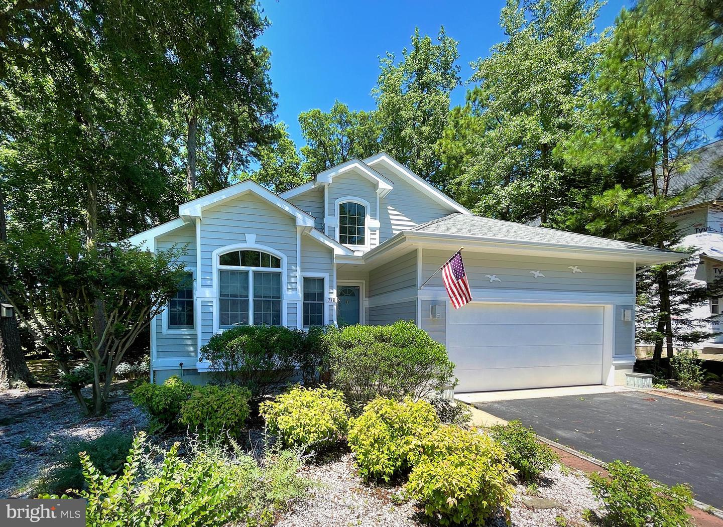 718 Fox Tail Dr   - Best of Northern Virginia Real Estate