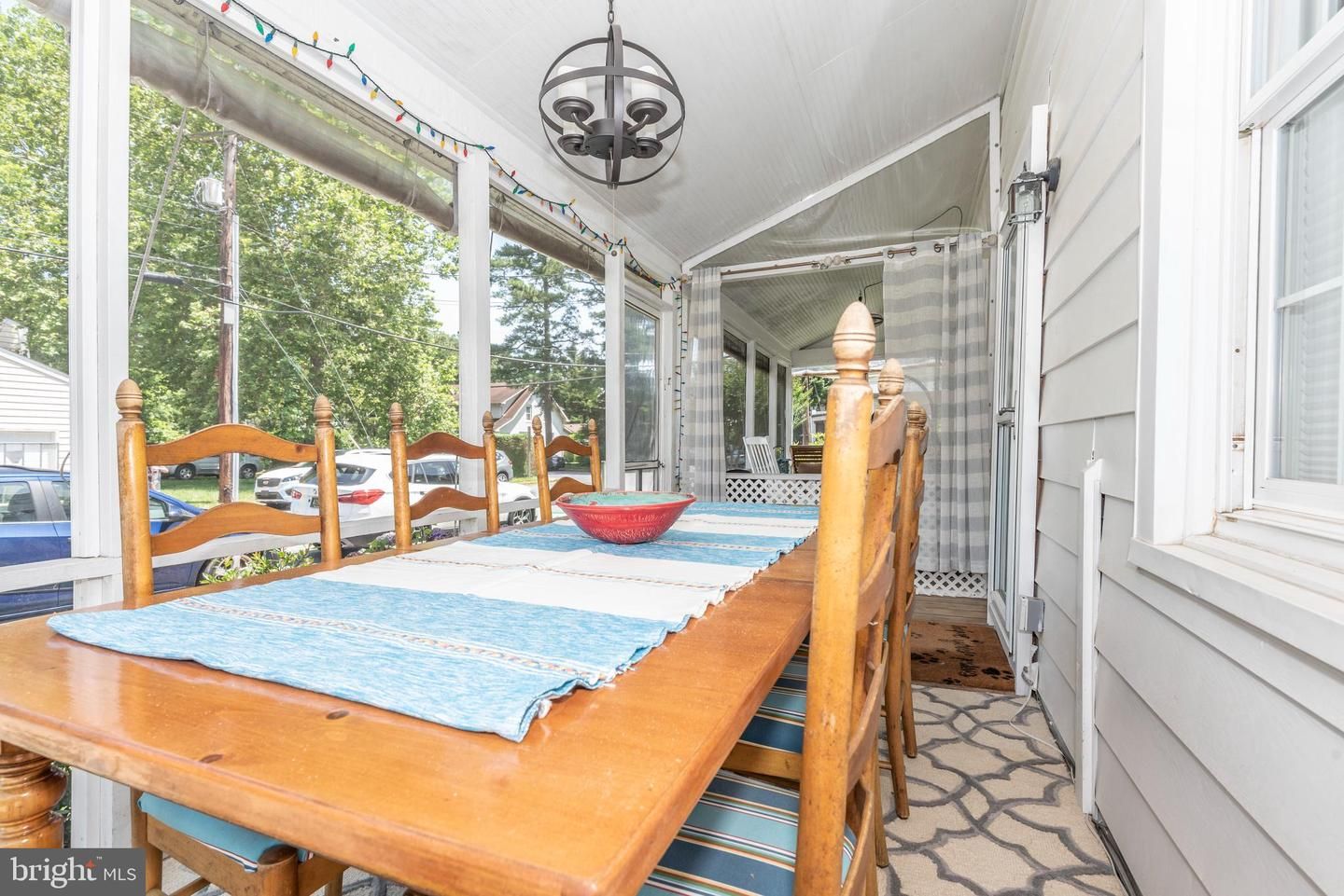 64 Sussex St #64b   - Best of Northern Virginia Real Estate