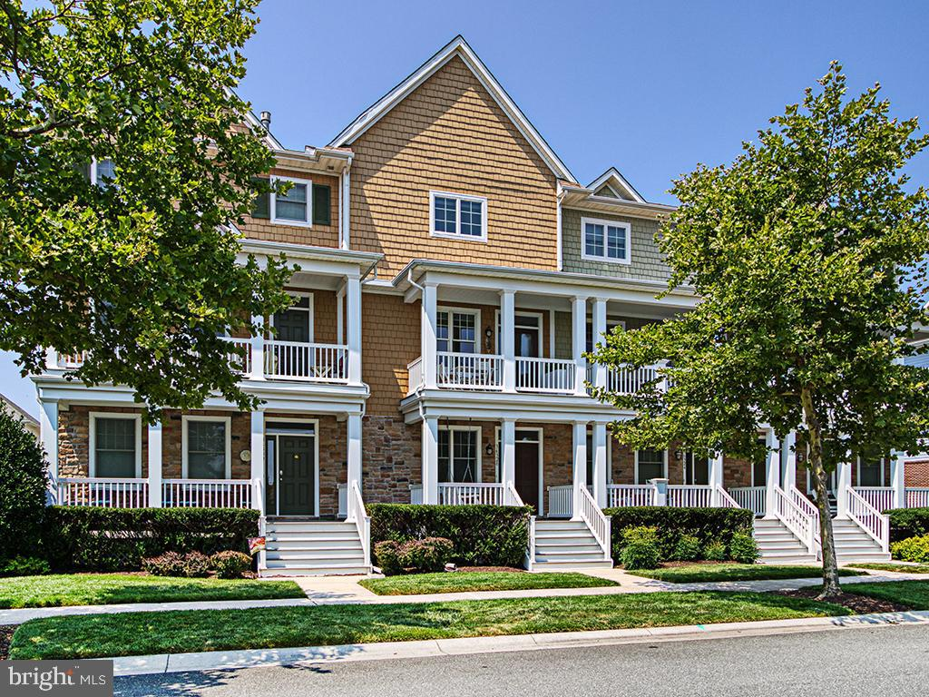 36328 Day Lily Pkwy   - Best of Northern Virginia Real Estate